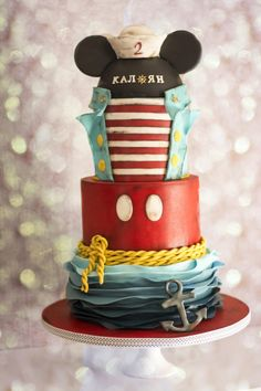 - Cake by Delice - CakesDecor Mickey And Minnie Cake, Bolo Mickey, Minnie Mouse Cake, Baby Boy Cupcakes, Cupcakes For Boys, Gravity Defying Cake, Gravity Cake, Fancy Cakes, Cute Cakes
