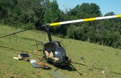 CONEXÃO BOMBEIRO : Helicóptero cai em Viamão e deixa dois feridos