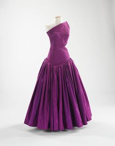 Designer: Madame Grès (Alix Barton) (French, Paris 1903–1993 Var region) Date: fall/winter 1979 Culture: French Medium: silk  Gift of Mrs Wm Randolf Hearst 1985