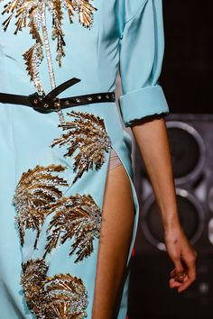 Fausto Puglisi Spring 2014 RTW - Details - Fashion Week - Runway, Fashion Shows and Collections - Vogue