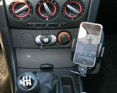 Kit main libre iPhone de ces fabricants permet au conducteur de passer ou recevoir des appels, écouter de la musique stockée sur son MP3 ou iPhone grâce à la radio, les numéros de recherche si la voiture a le texte afficher et parcourir les contacts de la écran derrière la voiture ainsi que l'accès aux appels manqués, des appels reçus et les appels composés. Radios, Kit Main Libre, Ainsi, Iphone, Conductors, Search, Automobile, Do Your Thing