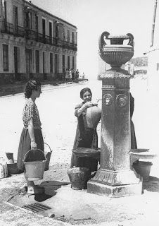 Source of the Pot of the Malagueta years Malaga Spain, First Photograph, Plan Your Trip, Ibiza, Madrid, Old Things, City, Water Fountains, Ms