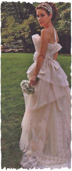 Tori Spelling\'s Wedding Dress. I have always loved her in this dress ...