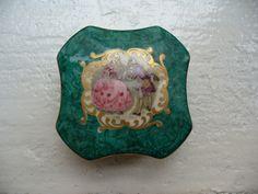 Vintage porcelain powder box