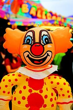 An old stock carnival prize I wasn't going home without! Clown Images, Creepy Carnival, Carnival Prizes, Send In The Clowns, Circus Clown, Clowning Around, Fun Fair, Stay Weird, County Fair