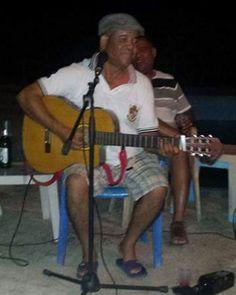 > #Jaraguenses en parranda de guitarras a #Trio con Toyoyo desde #VillaJaragua