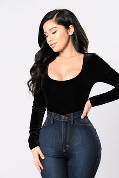 Fashion nova has such simple outfits, but makes them look so amazing and different . Classy Outfits, Outfits For Teens, Girl Outfits, Cute Outfits, Fashion Outfits, Classy Dress, Dress Outfits, Dresses, Long Brunette