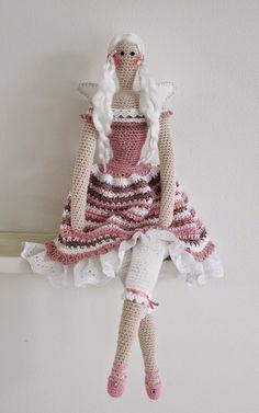 Mesmerizing Crochet an Amigurumi Rabbit Ideas. Lovely Crochet an Amigurumi Rabbit Ideas. Knitted Dolls, Crochet Dolls, Crochet Baby, Free Crochet, Knit Crochet, Doll Amigurumi Free Pattern, Amigurumi Doll, Easy Crochet Projects, Easy Crochet Patterns