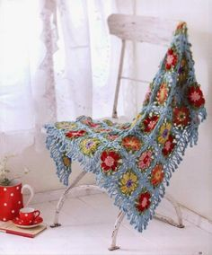 Crochet and arts: JAPANESE CROCHET FLOWER SHAWL