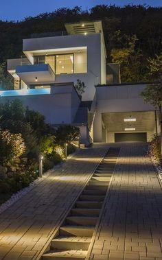 23 Most Popular Modern Driveway Design Ideas for 2020 Haus architektur Architecture Design, Studios Architecture, Modern Architecture House, Landscape Architecture, Landscape Design, Modern Driveway, Driveway Design, Driveway Ideas, Driveway Paving