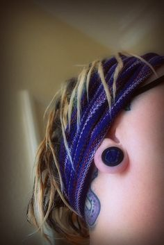 "baby dreads... i really like the ""thinness"" of these.  not to mention the scarf!"