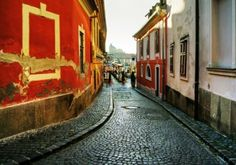 Eger, Hungary 'I have to go to Eger! Since my heart cannot surmount this much sweet temptation' – wrote Sándor Petőfi in his poem' Next to Eger'. Truly, the enchanting city of Eger is rich in. Budapest Travel Guide, To Go, City, Hungary, City Drawing, Cities