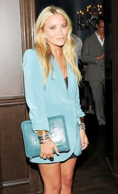 MARY-KATE | BRONZED IN A BLUE BLAZER - Olsens Anonymous