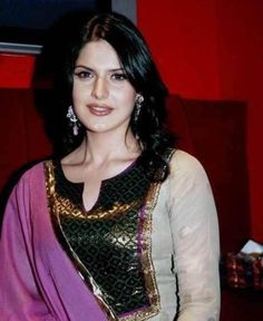 Download Actress Zarine Khan Photos