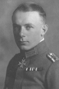 Ernst Udet entered the German Air Force in September 1915. Flying a Fokker D.III, he scored his first victory on 18 March 1916 in a lone attack against 22 French aircraft. On 26 July 1917, he transferred to Jasta 37 where he scored fifteen victories. From there he transferred to Jasta 11 in March 1918 and Jasta 4 in May 1918.  Udet was the highest scoring German ace to survive World War I.
