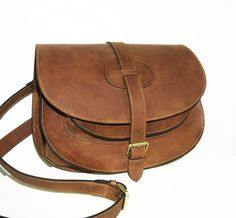 Goldmann xl-medium brown leather saddle bag leather by chicleather