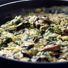 Creamy Mushroom and Spinach Orzo (Risoni) - all made in one pan, so creamy (but no cream!) . A fabulous meat free meal!