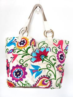 Bordado Mx, Bolso Bordado, Costura Veros, Bordadas, Bordar, Bolsos In, Bordado Extranjera, Estambres Pompones, Bolsos Carteras
