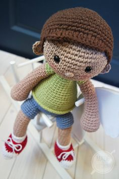 Crochet doll Tommy - Custom