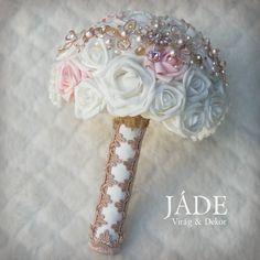 Rosegold menyasszonyi ékszercsokor  #rosegold #rosegoldcsokor #ékszercsokor #habrózsa #menyasszonyicsokor Jade, Rose Gold, Crown, Jewelry, Fashion, Moda, Corona, Jewlery, Jewerly