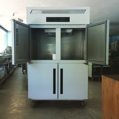 FG4D series 4 door freezer, chiller or both available here or call 0974012331 #cebu #food #refrigeration #freezer #refrigerator #restaurants #hotels