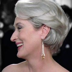 another side view of Miranda Priestly's hair