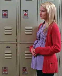 Quinn and Her Glee Season 1 Baby Bump Glee Season 1, Dianna Agron, Glee Cast, It Cast, Brittany And Santana, Quinn Fabray, Glee Fashion, Tv Shows, Seasons