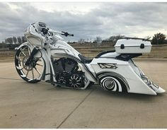 Harley Davidson Events Is for All Harley Davidson Events Happening All Over The world Harley Bagger, Bagger Motorcycle, Harley Softail, Harley Bikes, Harley Road Glide, Harley Davidson Road Glide, Harley Davidson Bikes, Custom Baggers, Custom Harleys