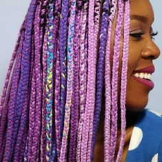 Purple braids are one of the many hairstyle trends that have become popular in recent years. Let's take a look at 35 stylish ways you can rock purple braids. Purple Braids, Purple Hair, Purple Ombre, Box Braids Hairstyles, African Hairstyles, Yarn Braids Styles, Braid Styles, Dreads, Rainbow Braids