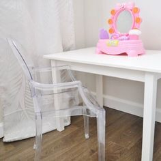 Famous 10 Best Interior Designer Kerala, Best Furniture Design Table #modernvillas #homedecorloversbekasi #christmasspirit
