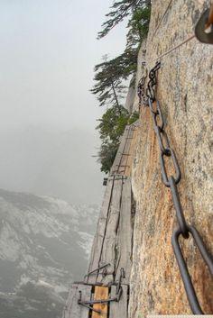 aozaj extrémna turistická trasa