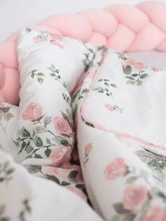Luxury babaágynemű szett - Magic bloom 135x100 - Peekabooshop.hu Nursery Bedding Sets, Baby Bedding, Satin Bedding, Baby Nest, Blanket Sizes, Cribs, Baby Gifts, Bed Pillows, Pillow Cases