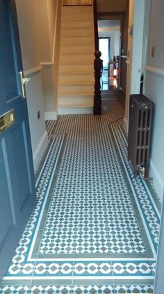 Hallway Ideas Entrance - New ideas Victorian Hallway Tiles, Edwardian Hallway, Tiled Hallway, Front Hallway, Hall Flooring, Porch Flooring, Laminate Flooring, Style At Home, Edwardian Haus