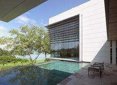 Lakeshore View House With Suspended Pool In Sentosa, Singapore/SCDA ARCHITECTS