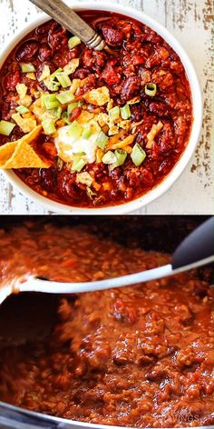 This is the BEST Crockpot Chili recipe and has won several awards to prove it! Everyone always begs me for the recipe! It is easy, makes fantastic leftovers and freezer friendly - perfect for make ahead meals or large crowds. Cabbage Soup Recipes, Chilli Recipes, Easy Soup Recipes, Easy Dinner Recipes, Mexican Food Recipes, Healthy Recipes, Chili Recipe Gluten Free, Venison Chili Recipe Crockpot, Leftover Brisket Chili Recipe
