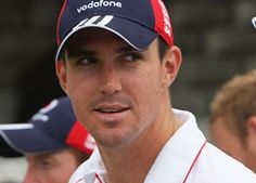 Kevin Pietersen is set to return to the England team as the controversial batsman has reached an agreement with the ECB after being dropped during the South Africa tour. Taking an exception to Pietersen's conduct who also missed the ongoing World Twenty20 in Sri Lanka.