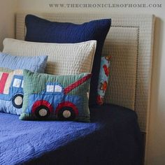 The Chronicles of Home: {DIY} Upholstered Headboard With Nailhead Trim (Made From a Quilt) | @chrniclesofhome