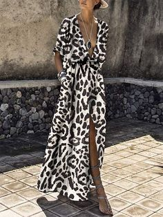 Sexy Deep V Collar Leopard Printed Maxi Dress maxi dress summer,maxi dress outfit,maxi dress casual, Short Beach Dresses, Modest Dresses, Casual Dresses, Summer Dresses, Party Dresses, Dress Beach, Shift Dresses, Mode Outfits, Fashion Outfits