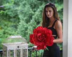 Giant Red Paper Rose Bouquet - Oversized Flower Decorations & Props - Valentine's Day or Paper Anniversary Gift Valentines For Singles, Valentines Day Gifts For Her, Valentines Day Decorations, Valentines Diy, Flower Decorations, Wedding Decorations, Large Paper Flowers, Paper Roses, Diy Flowers
