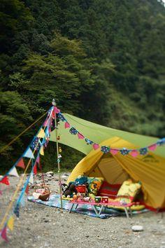 Survival camping tips Camping Glamping, Beach Camping, Camping Life, Camping Hacks, Outdoor Camping, Outdoor Gear, Festival Camping, Diy Festival, Diy Tent