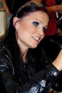 Tarja Turunen Metal Fan, Metal Girl, Metal T Shirts, Symphonic Metal, New Bands, Heavy Metal Bands, Female Singers, Hard Rock, Music Artists