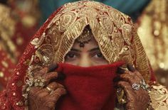 Pakistani man kills wife on first wedding night after finding she was not a virgin via /r/Newsy First Wedding Night, Wedding Girl, Desi Wedding, Crazy Wedding, Wedding Beauty, Wedding Wear, Wedding Bells, Wedding Bride, Perfect Wedding