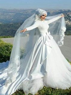 Long Sleeve Matte Satin Lace Tulle Arabic Wedding Dress with Hijab