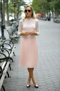 Pretty in Pink | A Flirty & Feminine Edit for Valentine's Day | Inspired by Mary Orton | Pastel pink pleated skirt | More on Travelshopa