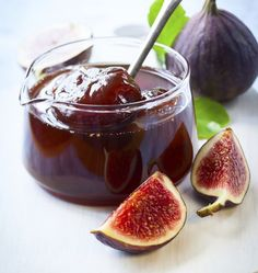 Easy fig jam by geolie Dried Figs, Fresh Figs, Fig Recipes, Healthy Recipes, Tapas, Chocolate Yogurt, David Lebovitz, Fig Jam, Fruits And Veggies