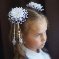 Одноклассники Ribbon Barrettes, Ribbon Braids, Hair Barrettes, Hair Clips, Glitter Gifts, Kanzashi Flowers, Ribbon Art, Diy Hair Bows, Deco Mesh Wreaths