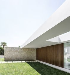 Imagem 11 de 49 da galeria de Residência sobre as Oliveiras / Gallardo Llopis Arquitectos. Modern Architecture House, Residential Architecture, Architecture Details, Modern Barn House, Modern House Design, Casa Do Rock, Exterior Tradicional, Casa Patio, House On The Rock