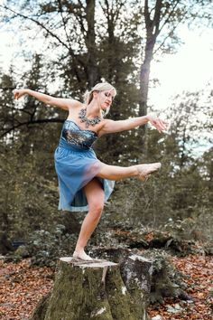 Ballet Photography by Waschnig Ballet Photography, Portrait Photography, Photoshoot Idea, Ballerina Dancing, Ballet Dance, Sports Images, Sequin Skirt, Pictures, Beautiful