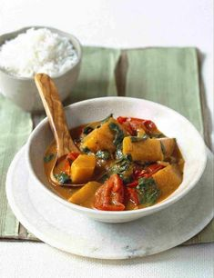 Try one of our 34 vegetarian curry recipes. We've created lots of quick + easy vegetable curry recipes – aubergine, paneer and daals, we love veggie curries Healthy Curry Recipe, Curry Recipes, Veggie Recipes, Vegetarian Recipes, Healthy Recipes, Veggie Food, Healthy Food, Easy Vegetable Curry, Vegetarian Curry