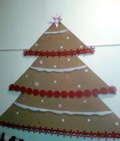 Cork, paper and felt Christmas tree
